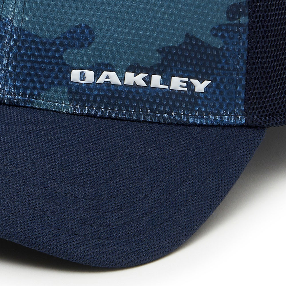 788377b95 Oakley Silicon Bark Trucker 2.0 Print Men's Cap Navy