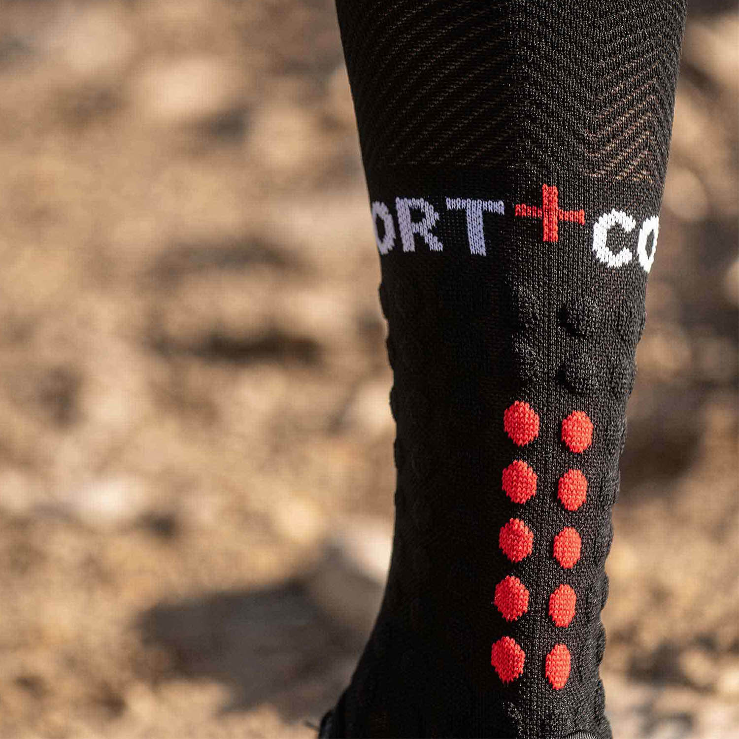 Compressport Full Run Calze - Black
