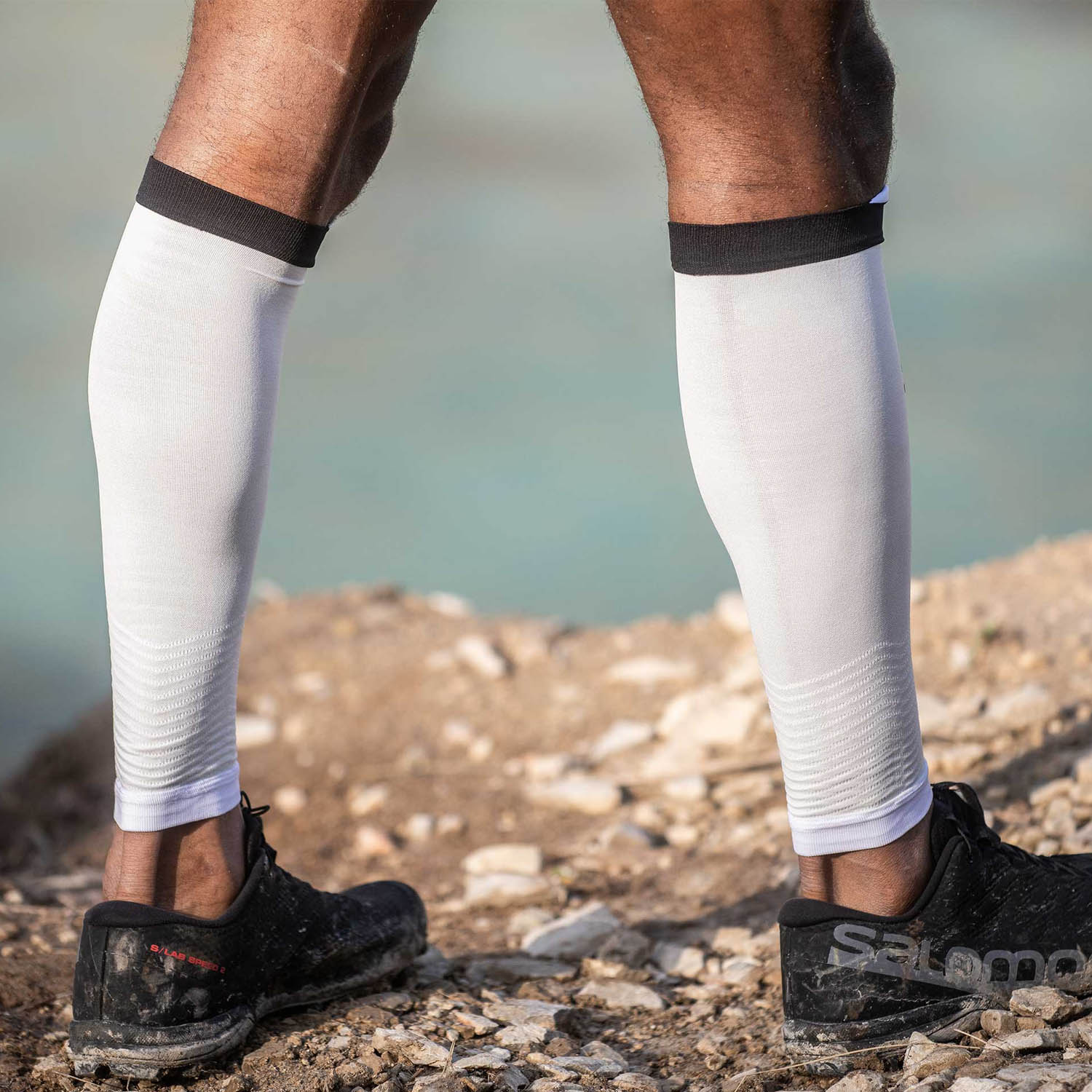 Compressport R2V2 Calf Sleeves - White