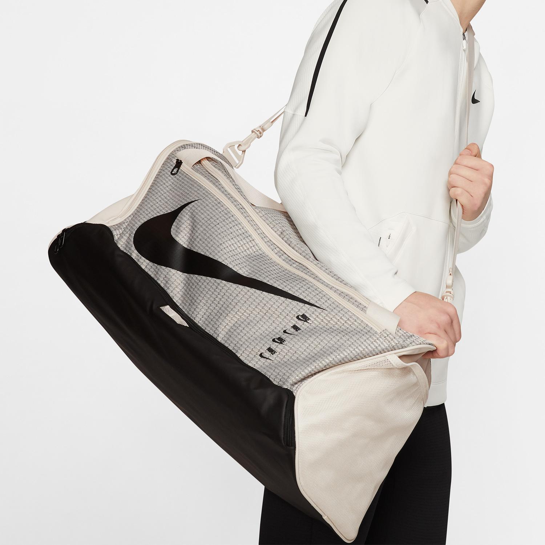 Nike Brasilia 9.0 Medium Duffle - Light Orewood Brown/Black