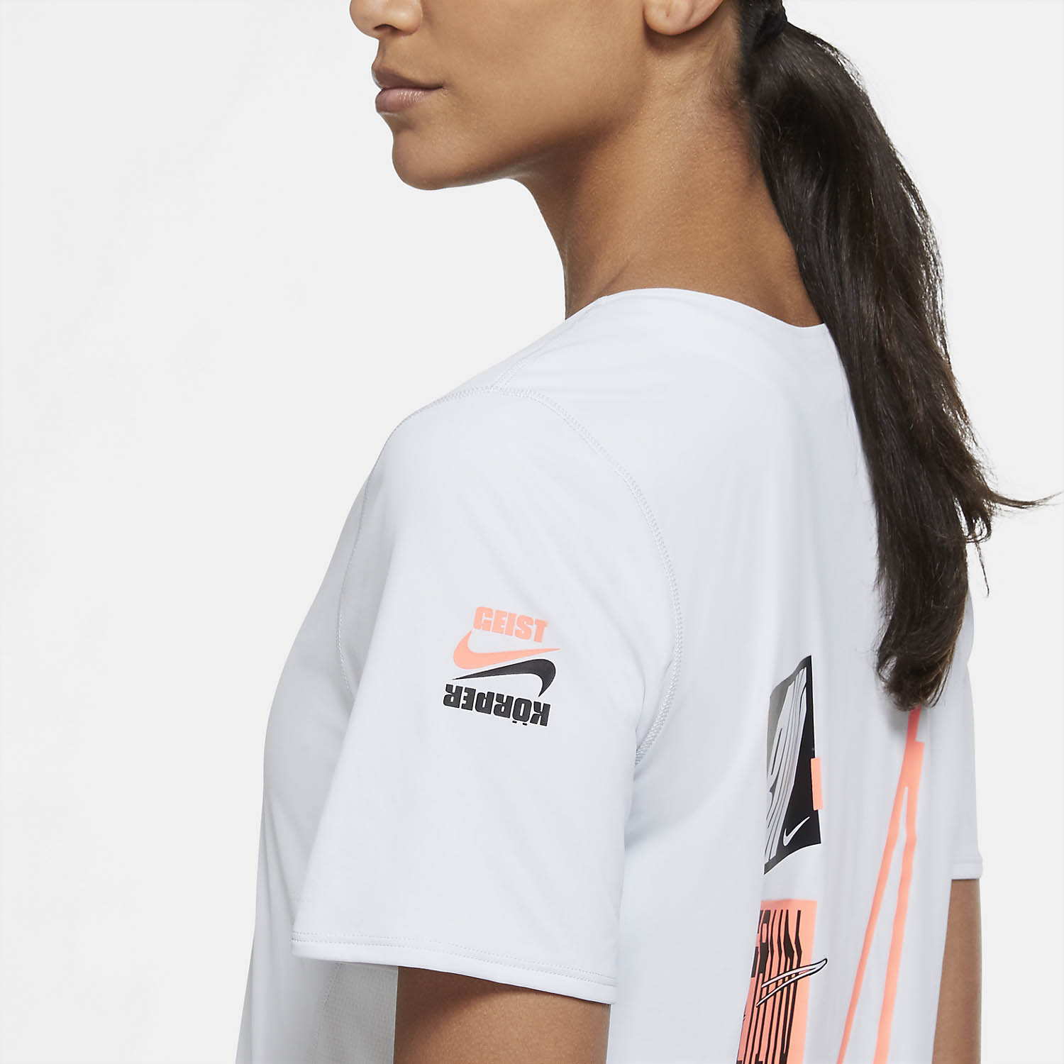 Nike City Sleek Berlin T-Shirt - Pure Platinum