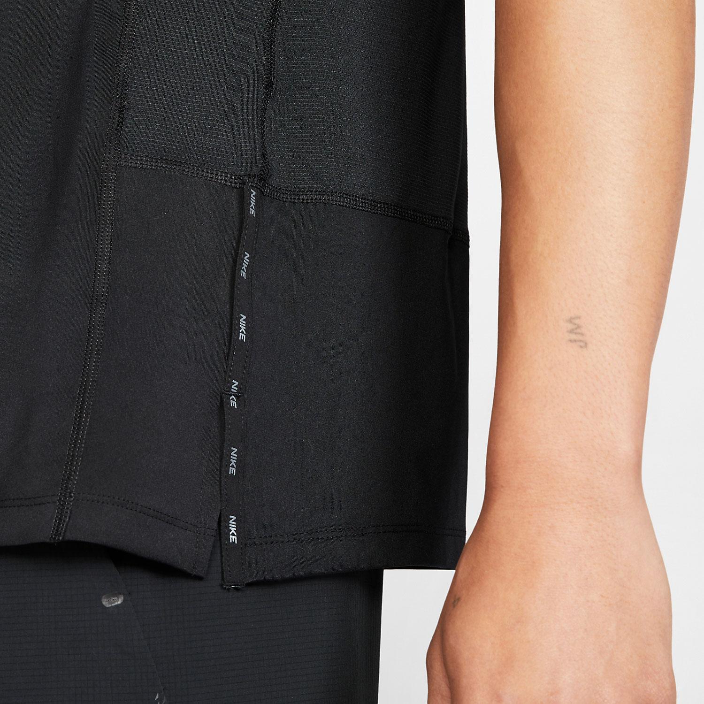 Nike Graphic T-Shirt - Black/White