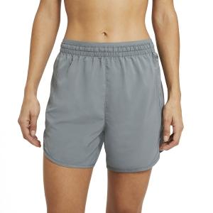 Nike Tempo Luxe 5in Pantaloncini - Smoke Grey/Reflective Silver