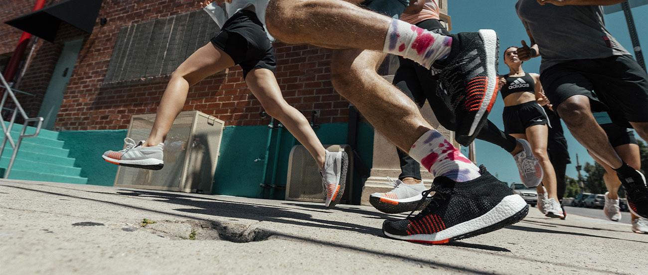 adidas adizero ambizione delle donne pista e scarpe da campo