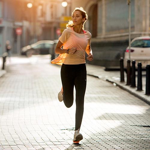d3bf25aa15a0 Abbigliamento Running, Outdoor & Sportswear Donna | MisterRunning.com