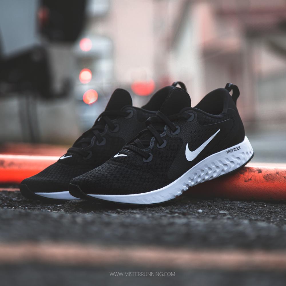 Nike In esecuzione  Scarpe e Abbigliamento  MisterIn MisterIn MisterIn esecuzione 51e03c